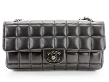 Preowned Chanel Chocolate Box Flap Bag